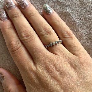 Pandora Alluring Brilliant princess Stackable Ring